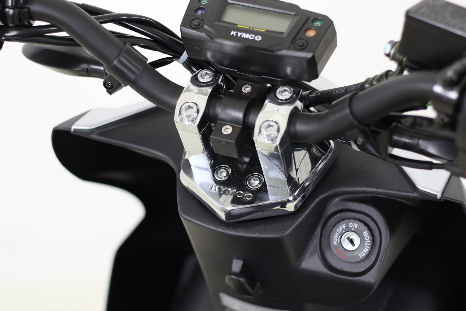 agility 50 naked renouvo euro4 4t kymco r1 quads motos. Black Bedroom Furniture Sets. Home Design Ideas